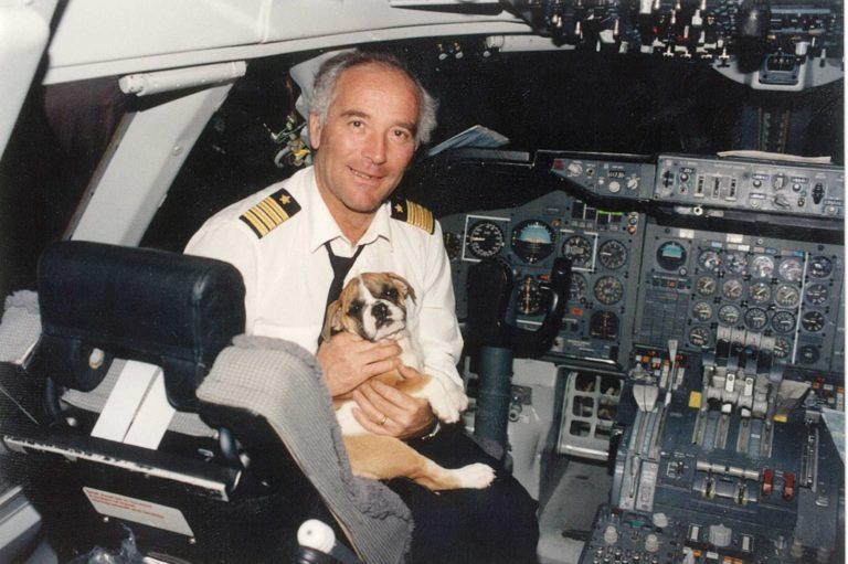 Animali in volo: viaggiare in aereo con i vostri amici a quattro zampe